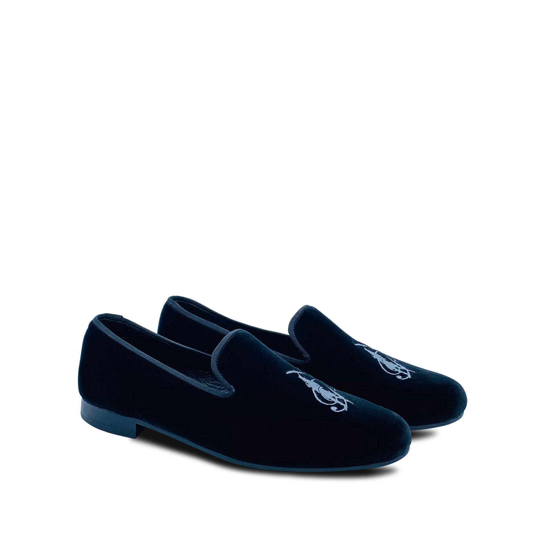 Kingsley – Velvet Slipper